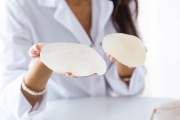 allaitement et prothese mammaire alliter prothese mammaire allaiter avec des protheses docteur robert zerbib chirurgien paris 16